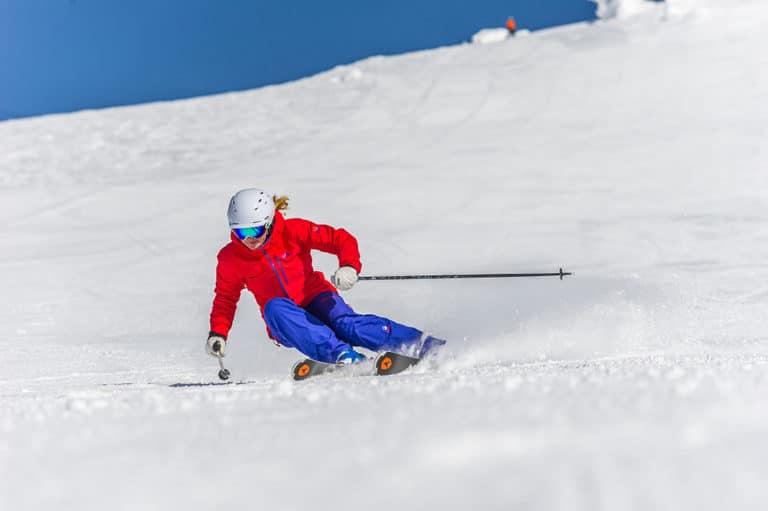 Skiing gal